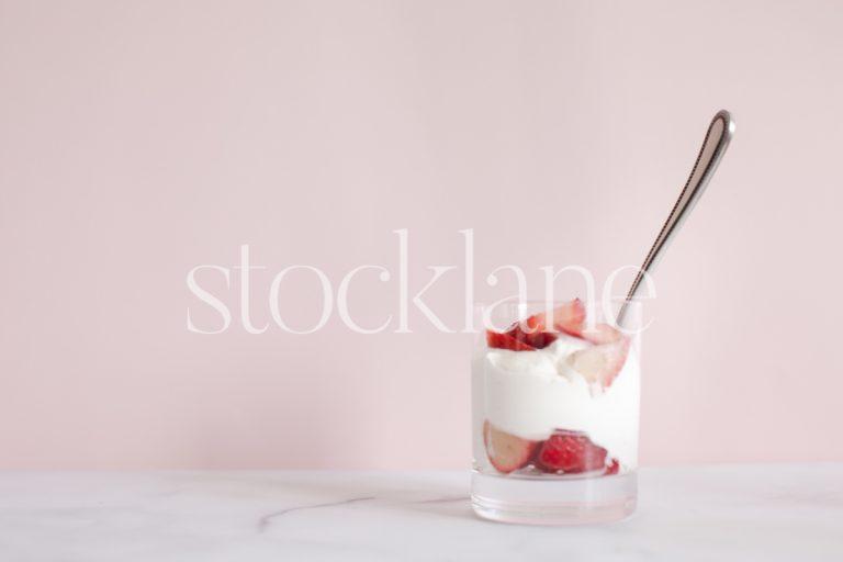 Horizontal stock photo of strawberries and cream